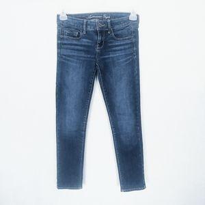 AEO 4 Short Skinny Jeans Medium Wash Stretchy